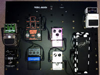 Grid 1 unveils Pedal Jeanie Jr battery-powered pedalboard
