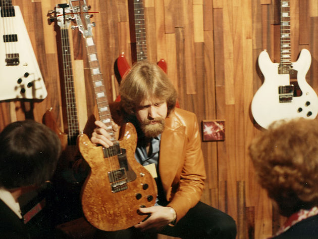 Travis Bean at NAMM in 1977. The picture was taken by Rick 'Obe' Oblinger, former Travis Bean employee (neck technician) who passed away in 2008
