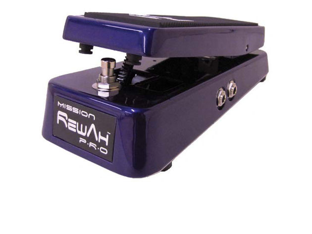 The Rewah Pro in metallic candy purple powder coat finish