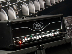 Musikmesse 2012 video: Peavey Butcher amp head demo