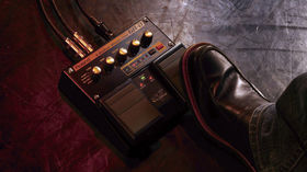 Roland unleashes V-Guitar twin pedals