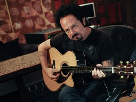 Steve Lukather embraces Yamaha's  Electro-Acoustics with Studio Response Technology