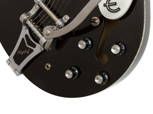 Epiphone Black Royale Riviera Custom P93 (bridge/controls)