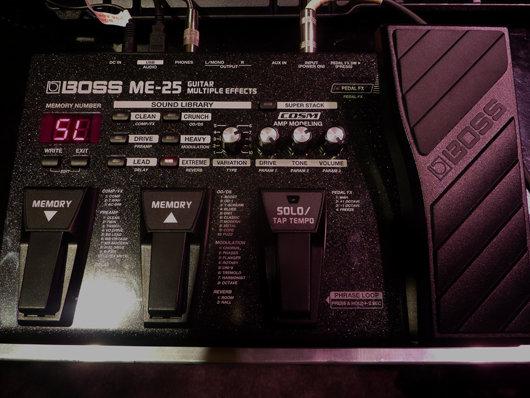 Boss ME-25 se incorpora a la línea de pedaleras en su franja económica
