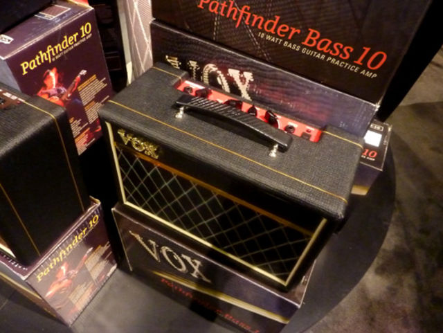 Pathfinder Bass 10 amp