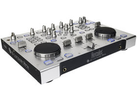 "DJ Console Rmx is ""cutting edge"" controller"