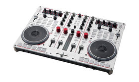 Musikmesse 2013: Vestax unveils VCI-400DJ