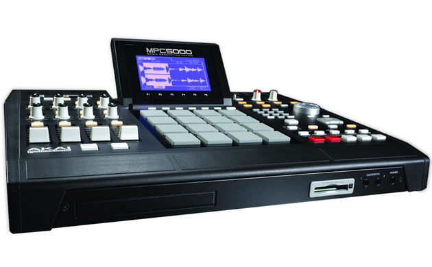 Akai have tried to eliminate the need for any external tools