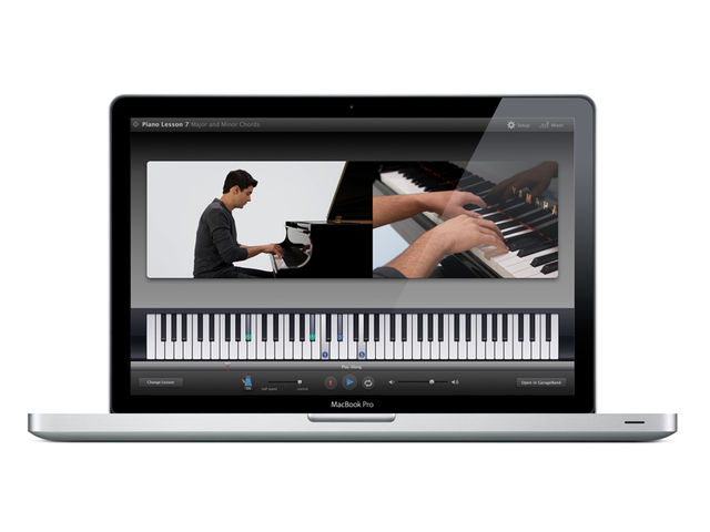 Can GarageBand '09 turn you into a concert pianist?