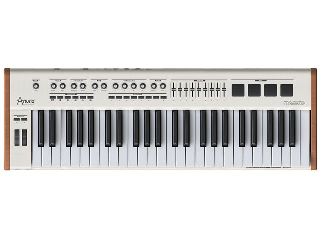 Analog Experience Laboratory ships with a 49-note keyboard.