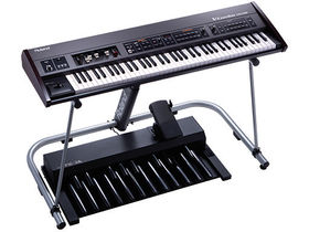 "NAMM 2010: Roland V-Combo VR-700 is ""all-in-one stage keyboard"""
