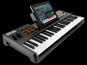 NAMM 2011 VIDEO: Akai SynthStation 49 revealed