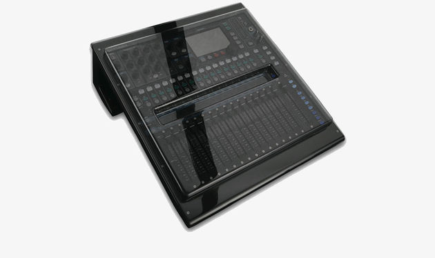 Allen & Heath QU16 cover