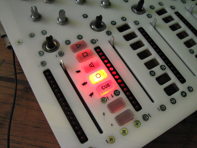 Ableton Live users should quickly be able to get to grips with the hardware's interface.