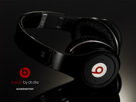 Dr Dre drops his Beats headphones