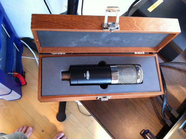 Soundelux U195 condenser mic