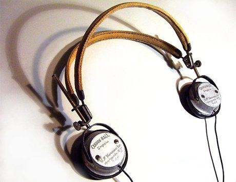 Molly 'porkshanks' friedrich's dieselpunk headphones
