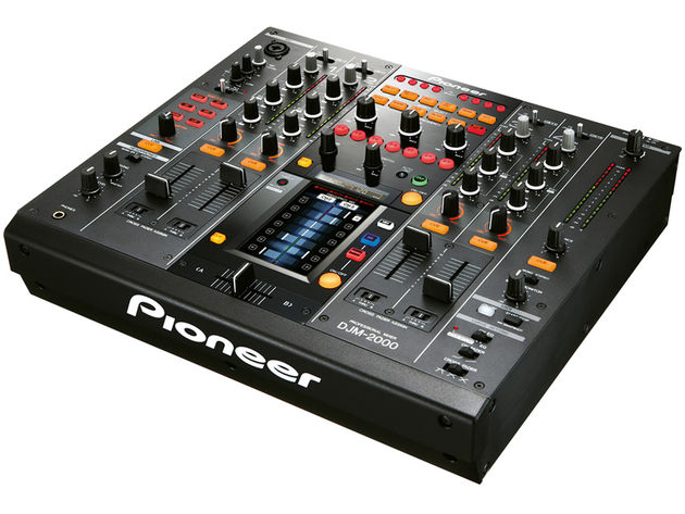 Pioneer DJM-2000 digital mixer