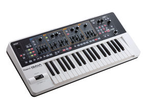 Musikmesse 2010: Roland unveils GAIA SH-01 synthesizer