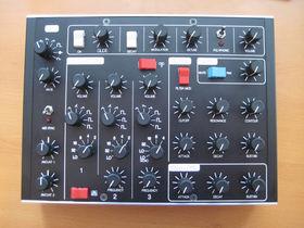 Minimoog V custom MIDI controller unveiled