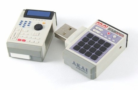 MPC2000 flash drive