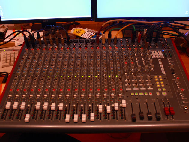 Allen & Heath desk