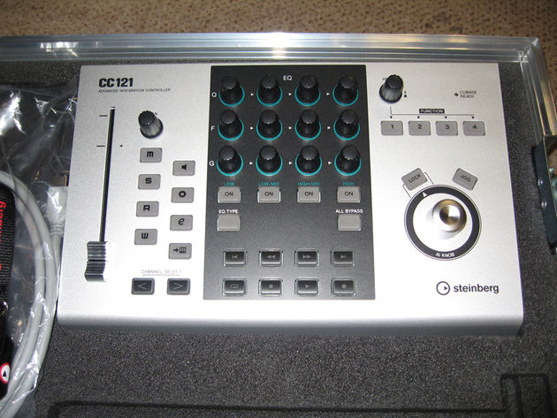The CC121 in the wild: Do you need all those EQ knobs, we wonder?