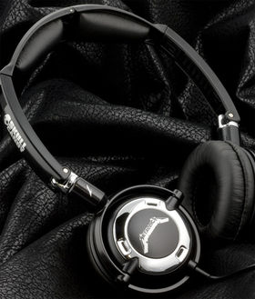 Metallica team with Skullcandy, launch Death Magnetic headphones