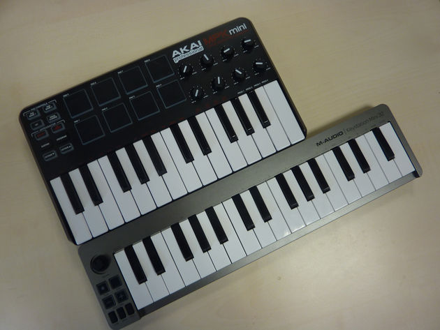 For the sake of size comparison, here's a shot of the Keystation Mini 32 next to Akai's 25-note MPK mini.
