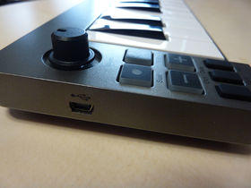 FIRST LOOK: M-Audio Keystation Mini 32