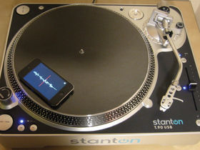 Could the iPhone/iPod touch replace DJs' timecoded vinyl?