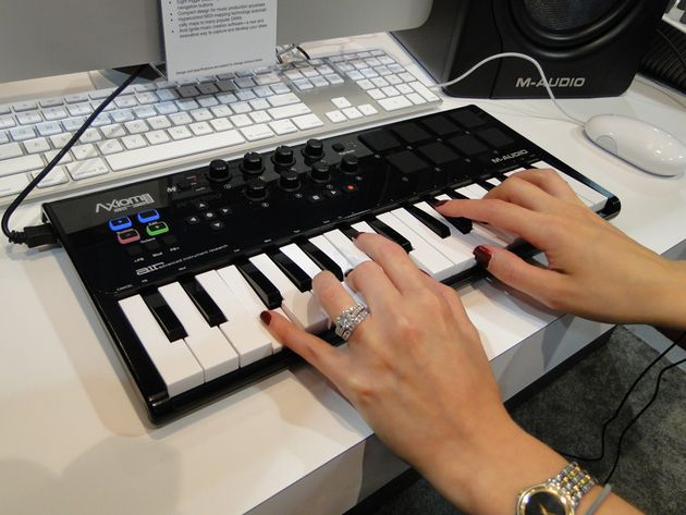 You didn't know we had such lovely hands, did you? Actually, they belong to A.I.R.'s Samara Winterfeld, who shows us the new Axiom controller.