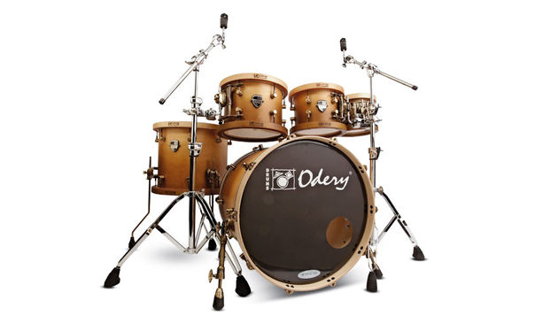 Odery's kits certainly stand out from the crowd with a vibe of old-world, traditional craftsmanship about them