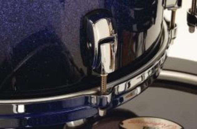 Minimum contact lugs are used all over the kit.