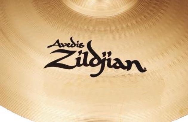 The A Customs were originally developed by Zildjian with input from Vinnie Colaiuta.