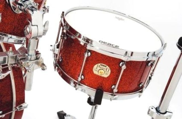 The snare's dimensions make it a positive sounding drum, and it cracks with authority across the bass drum