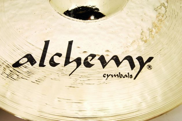 The cymbals look great with their brilliant hammered finishes