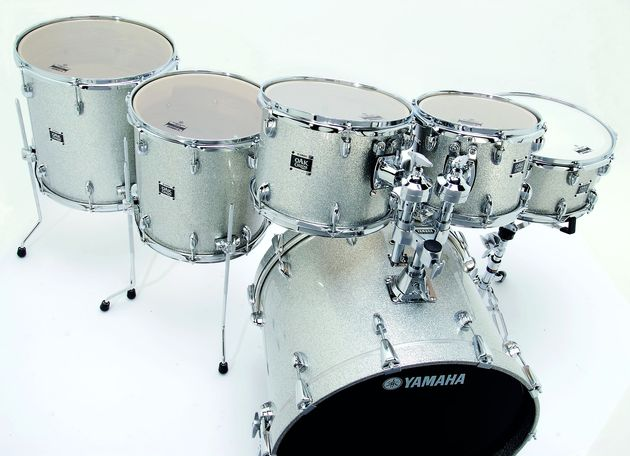 Silver Sparkle finish makes any kit more desirable.