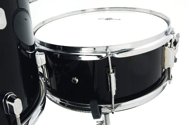 There's not a lot of character or depth going on with the snare, but nothing to complain about.