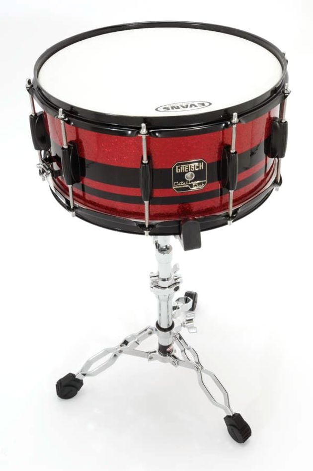 The deep wooden snare has a dense tone with lots of after-ring and lively rim shots.