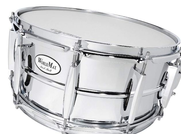 The lugs of the steel snare are reminiscent of Pearl's