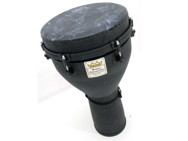 The advanced Acousticon shell makes this djembe stronger than traditional models