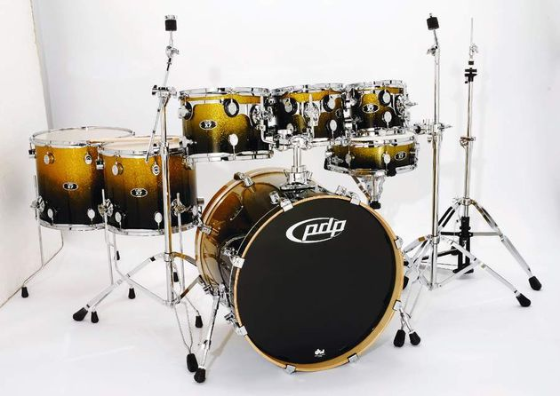 "The 22""X18"" bass drum's fat dimensions ensure that it produces a deep, powerful note"