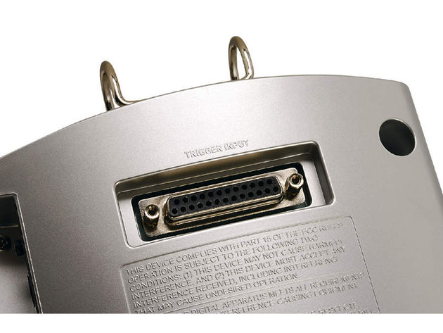 A super-neat feature of the TD-9k is its use of a SCART-style plug at the brain end of the wiring loom