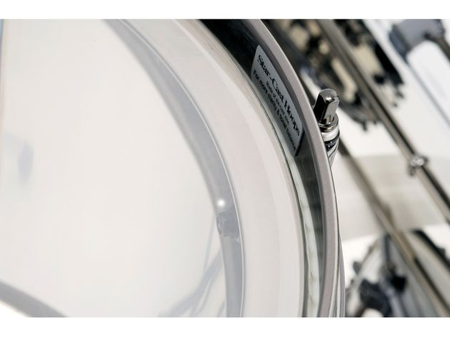 Tama's double-flanged Resonant Sound Edge is incorporated into all of the drums, with spectacular sonic results
