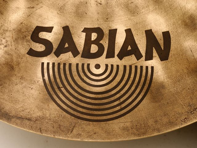 The Vault designation is due to Sabian's new marketing policy of grouping all its signature models under the Vault banner