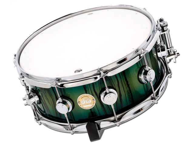 The snare drum doesn't benefit from the X Shell technology, but the VLT plies give it an excellent woody crack