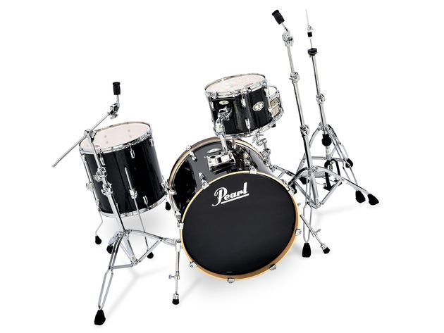 The Black Sparkle high-gloss lacquer makes the VSX kit look handsome