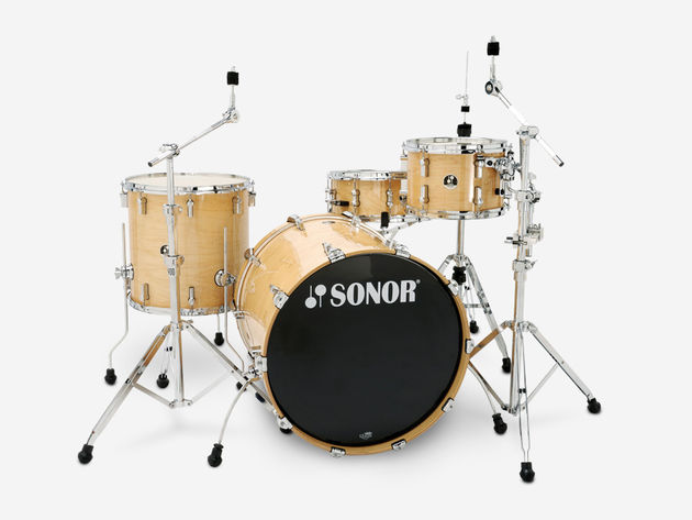 Canadian maple shells give the 3007 a professional quality. There are 13 finish options in all