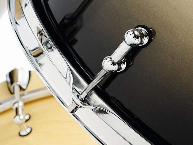 100% maple shells are made to the same specifications as all Spaun drum shells - 8-ply and 5.5mm thick on each drum
